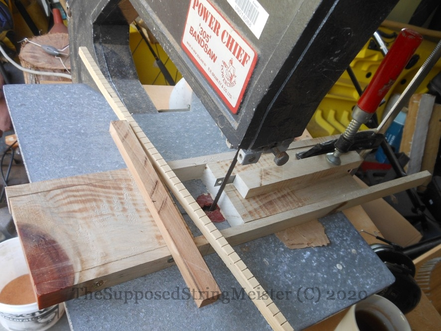 Making the kerf lining with a simple sliding tool