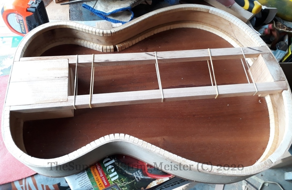 Kohekohe trestle structure for hollow body Gretsch like guitar